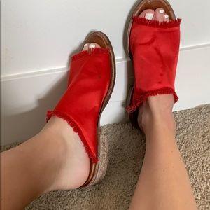 Red free people slides